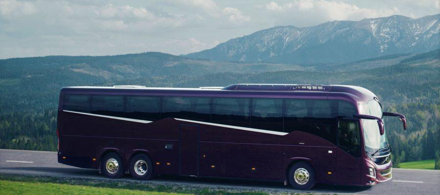 автобус на узкой дороге